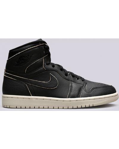 Высокие кроссовки Jordan