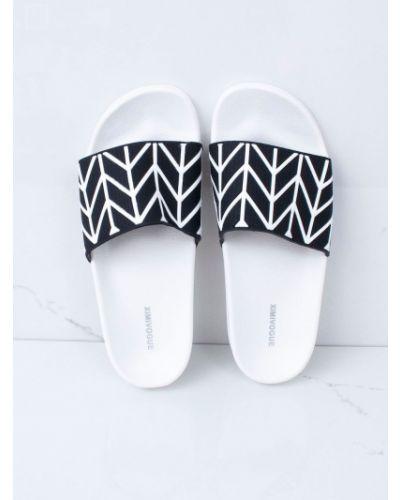 Kapcie na basen - białe Fashionhunters
