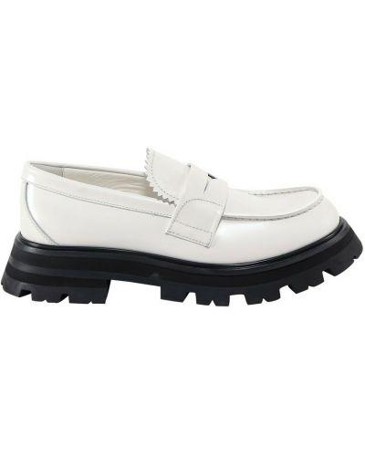 Loafers - białe Alexander Mcqueen