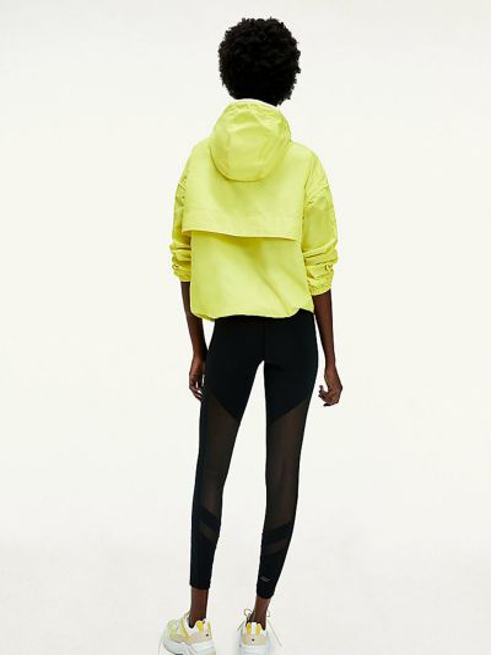 Желтая куртка Tommy Hilfiger