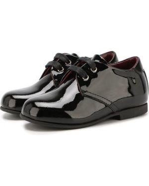 Лаковые классические кожаные черные туфли Dolce & Gabbana