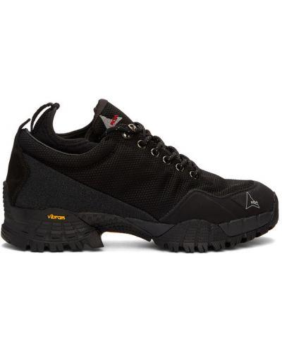 Парусиновые черные кроссовки сетчатые на каблуке Roa