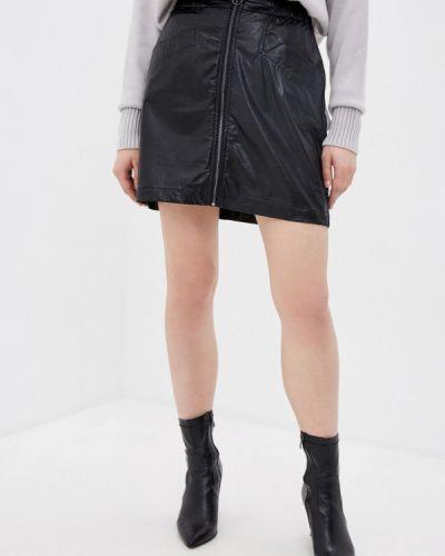 Черная кожаная юбка B.young