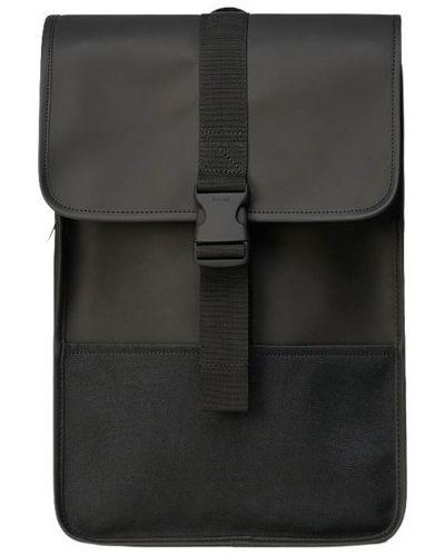 Czarny plecak sportowy z klamrą na co dzień Rains