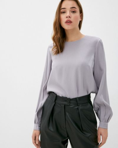Серая с рукавами блузка Y.o.u.