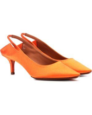 Классические туфли лодочки Vetements