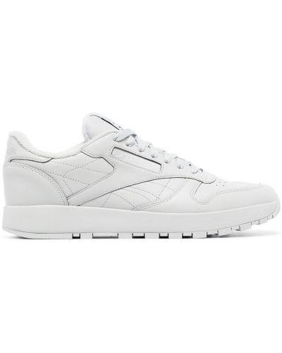 Белые кроссовки с логотипом Maison Margiela X Reebok