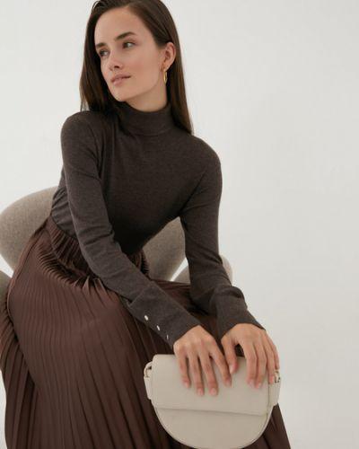 Коричневый свитер из вискозы Zarina