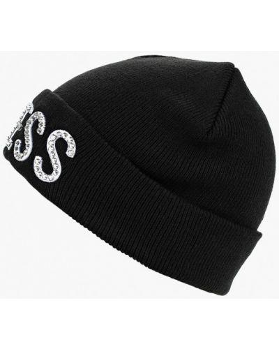 Черная шапка осенняя Guess