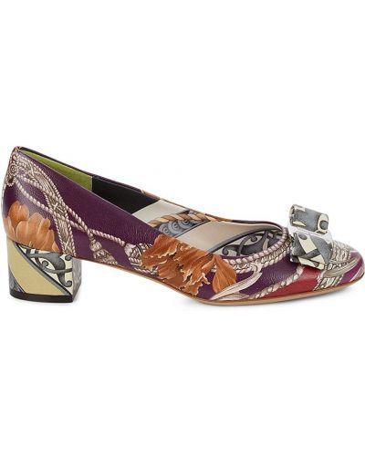 Фиолетовые кожаные туфли-лодочки на каблуке Salvatore Ferragamo