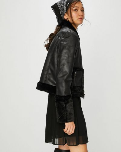 Утепленная куртка укороченная прямая Noisy May