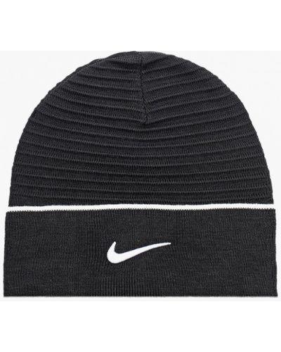 Шапка - черная Nike