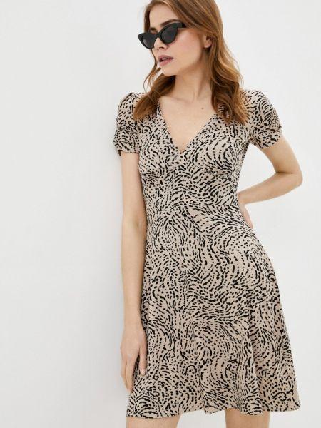 Бежевое платье Befree