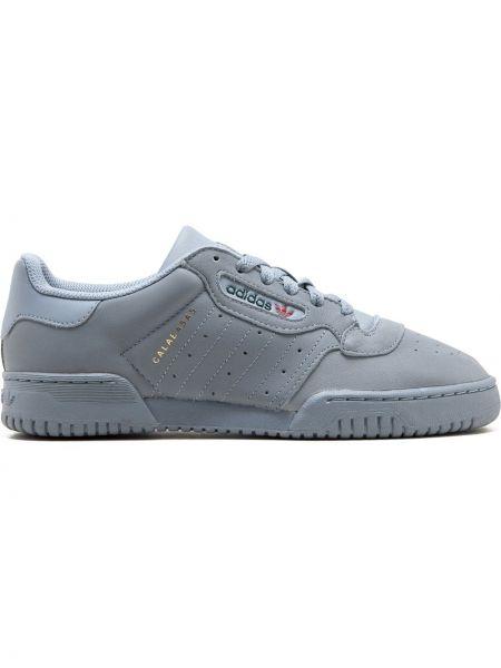 Кроссовки с перфорацией винтажные Adidas Yeezy