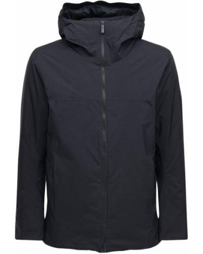 Czarny płaszcz z nylonu Arcteryx