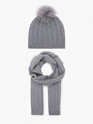 Серый шарф Vitacci