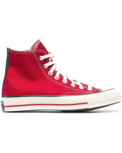 Красные высокие кеды на шнуровке на платформе Converse