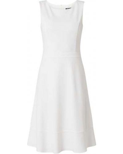 Biała sukienka koktajlowa rozkloszowana z paskiem Paradi