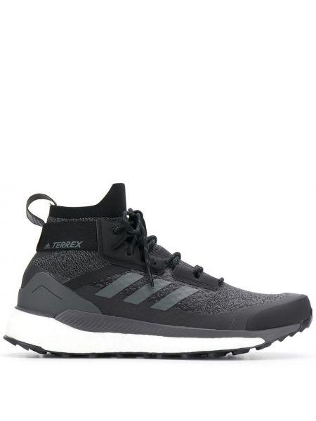 Кроссовки черные походные Adidas