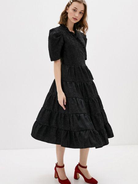 Платье прямое черное Sister Jane