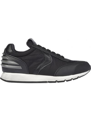 Черные кроссовки Voile Blanche