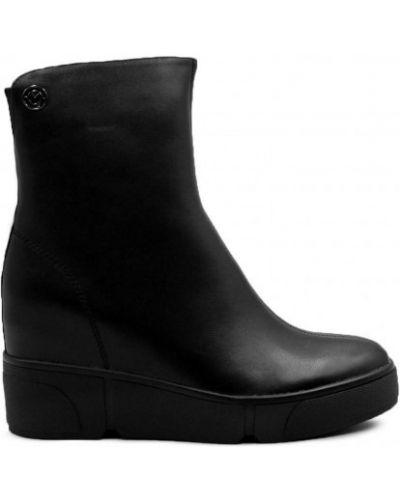 Кожаные ботинки - черные Sufinna