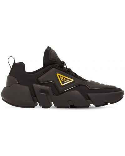 Кроссовки на шнуровке - черные Prada