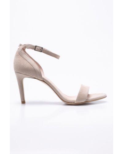 Бежевые сандалии Gino Rossi