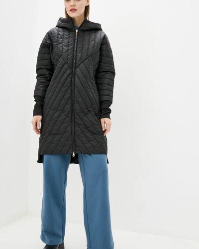 Куртка с капюшоном - черная Kattaleya