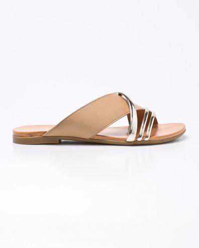 Бежевые сандалии Badura