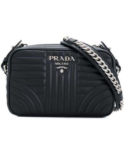 Сумка через плечо на цепочке стеганая Prada