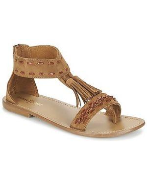 Brązowe sandały Minnetonka