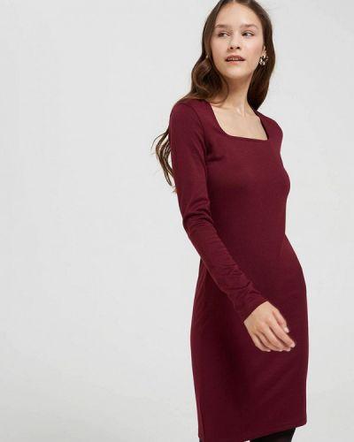 Красное платье-футляр Terranova