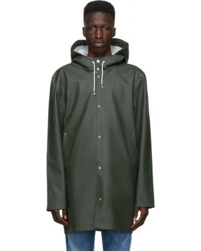 Zielony płaszcz przeciwdeszczowy od płaszcza przeciwdeszczowego z długimi rękawami z kieszeniami Stutterheim