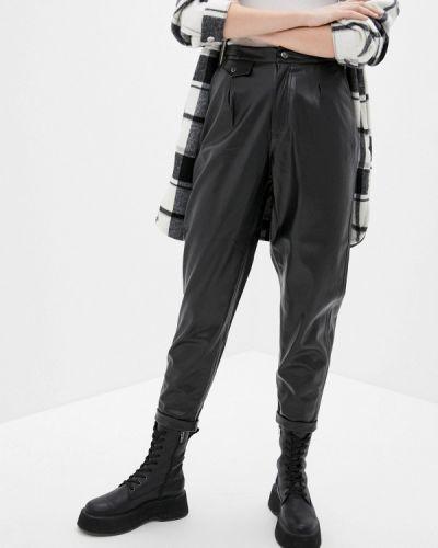 Черные кожаные брюки Sela