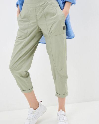 Зеленые спортивные брюки Outventure