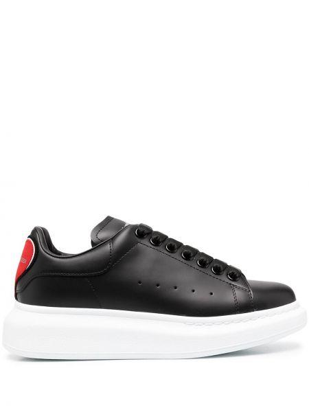 Skórzany czarny skórzane sneakersy na sznurowadłach okrągły Alexander Mcqueen