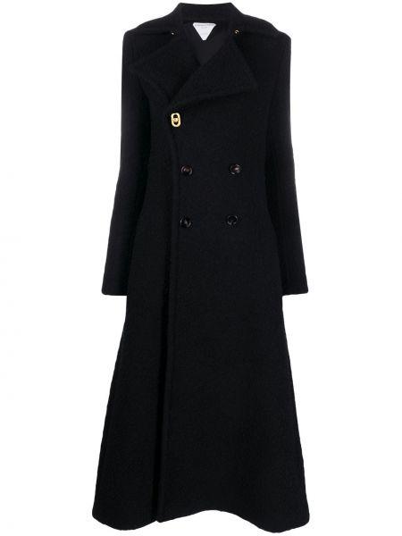 Черное длинное пальто двубортное с карманами Bottega Veneta