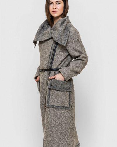 Бежевое пальто весеннее Victoria Bloom