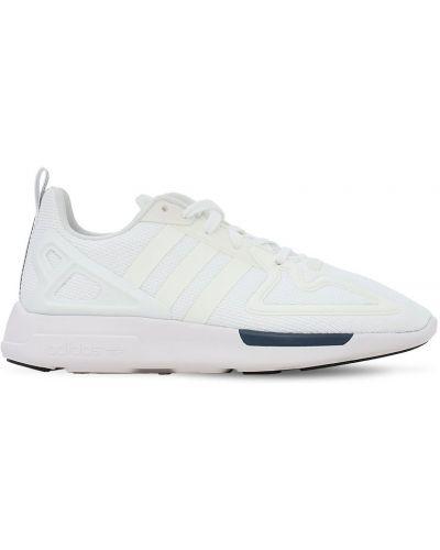 Ażurowy biały sneakersy z siatką na sznurowadłach Adidas Originals