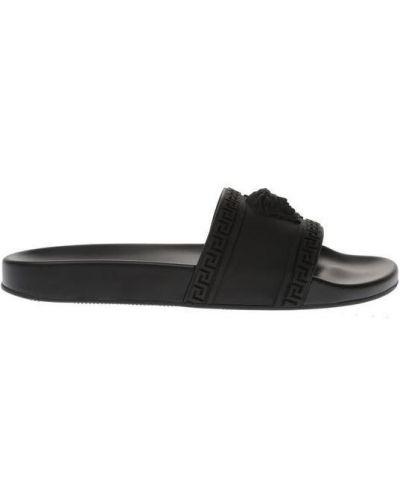 Czarne klapki Versace