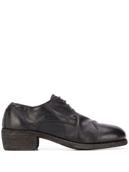 Туфли на каблуке черные на плоской подошве Guidi