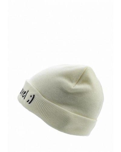 Белая шапка осенняя Colin's