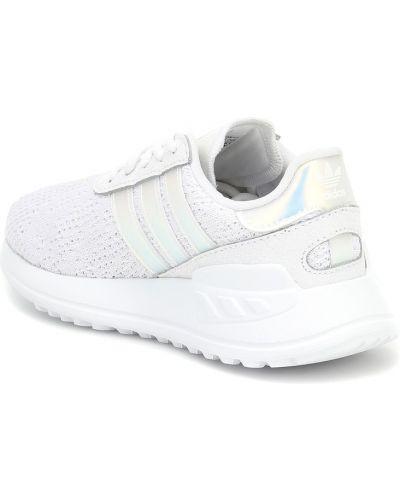 Włókienniczy biały sneakersy Adidas Originals Kids