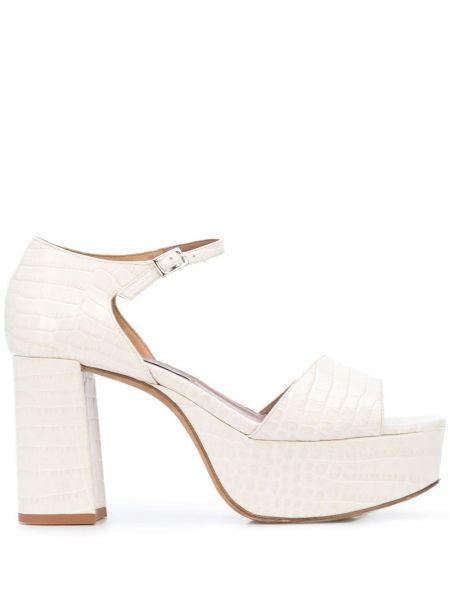 Białe sandały na platformie skorzane Tabitha Simmons