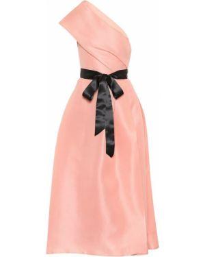 Платье розовое через плечо Monique Lhuillier