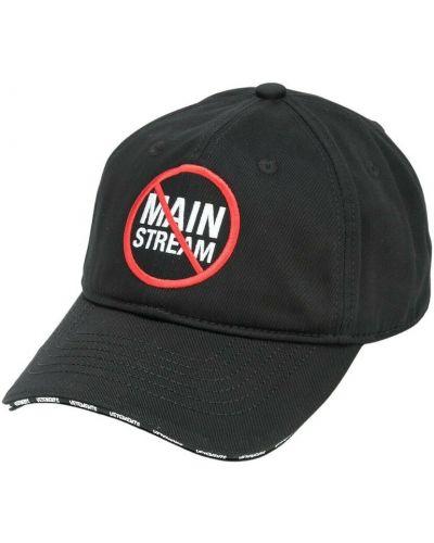 Czarna czapka Vetements