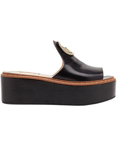 Сандалии на шнуровке Fendi