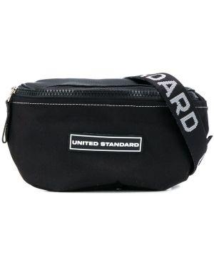 Черная нейлоновая сумка на плечо на молнии с нашивками United Standard