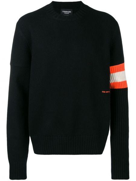 Czarny z kaszmiru sweter z długimi rękawami Calvin Klein 205w39nyc